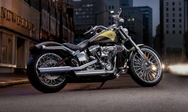 2013 Harley-Davidson CVO Breakout