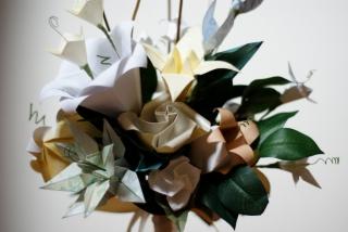 origami-wedding-flower-bouquet