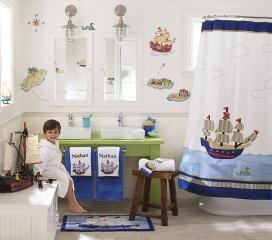 decorate_toddlers_bathroom_1